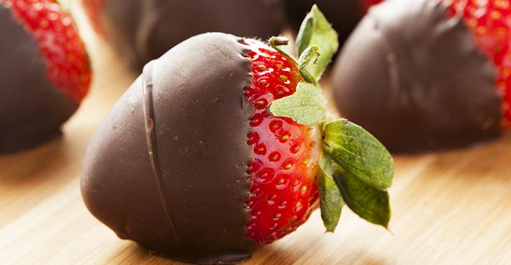 ChocolateStrawberries_InPost_1
