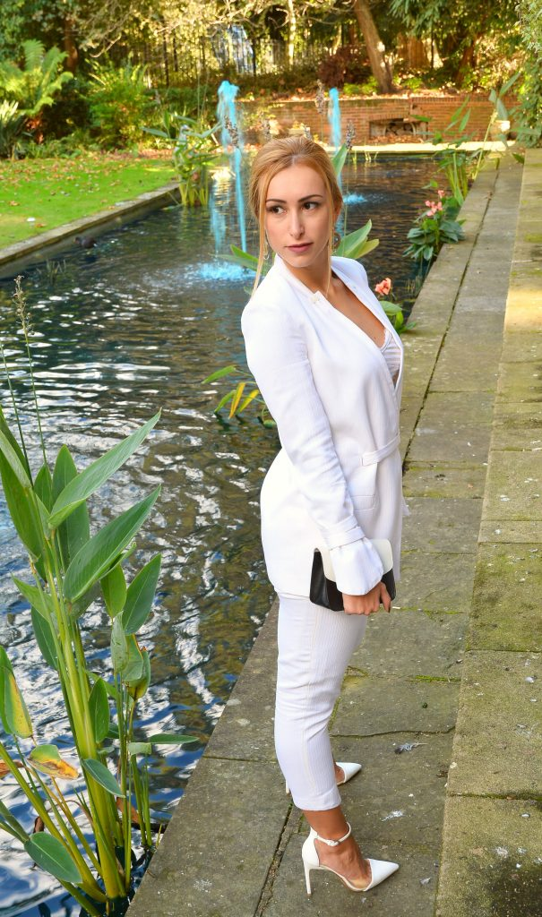 White Suit – The Sophisticated Business Look