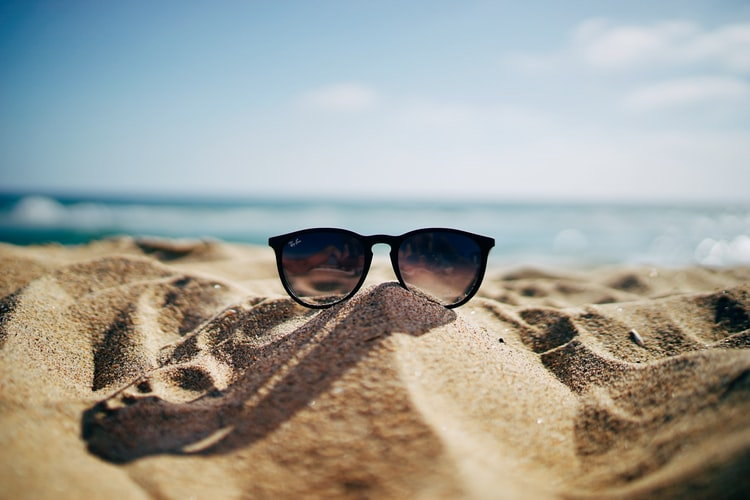 Tips For Heading On Vacation To A Piping Hot Climate