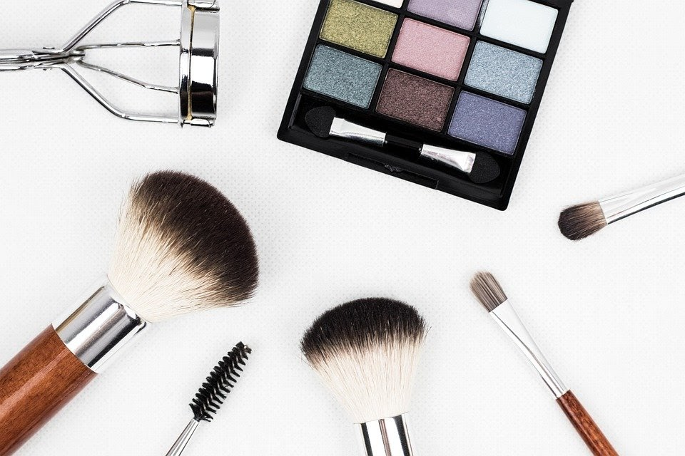 Buying Gifts for Beauty Lovers